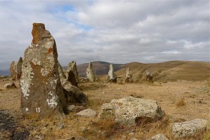 Zorats_Karer_2008,_part_of_the_stone_circle